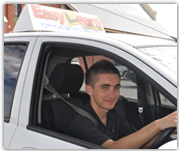 Students-driving-school-Perth